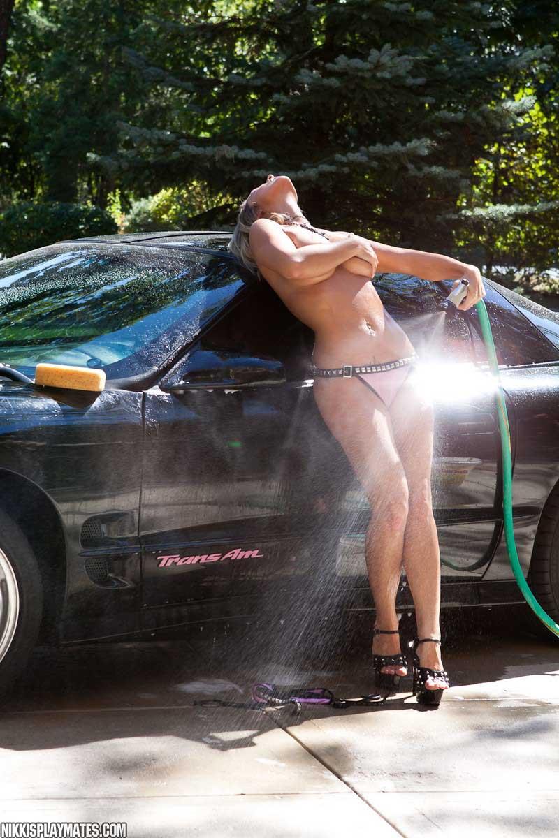 topless-car-wash-videos