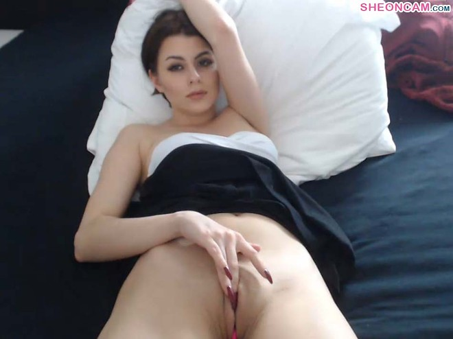 Gorgeous Sexyschookilhb in a fingering live adult chatroom – PunchPin – See on cam