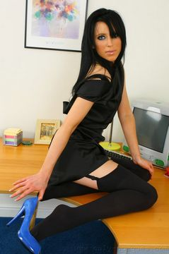 Only Opaques – Felix in black stockings