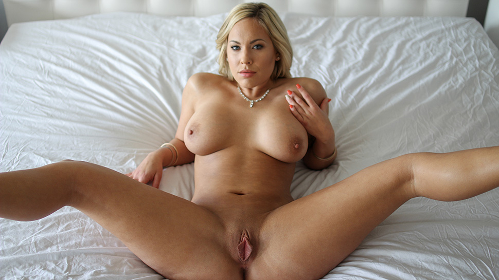 Blonde Teen Porn Busty Blonde Showing Off Her Hair Covered Cunt